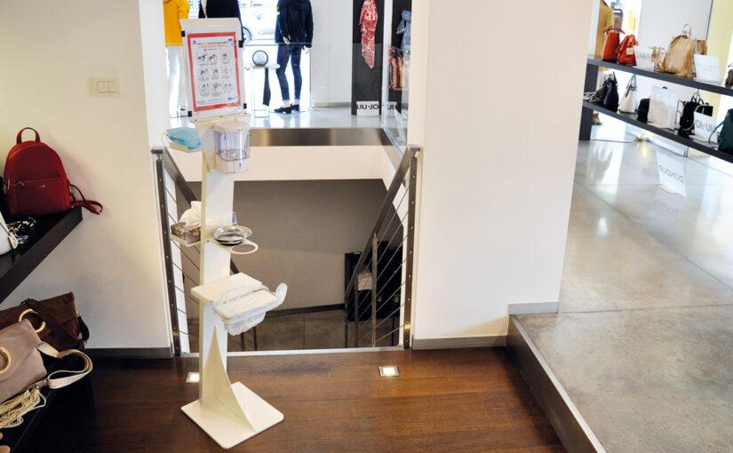 Dispenser automatico igienizzante mani